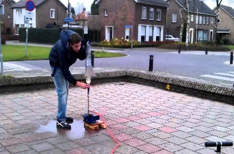 Tech-Lokaal Waterraket